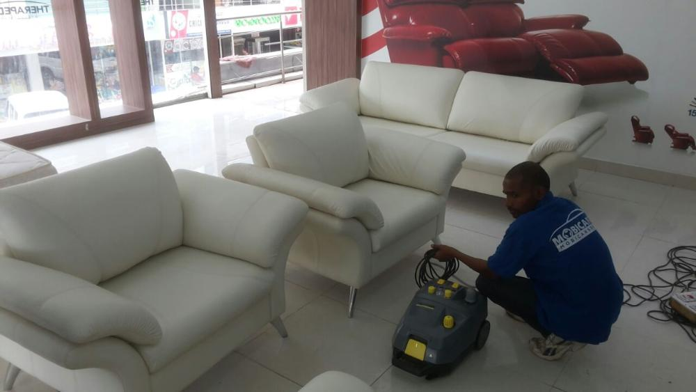 Professional Sofa Shampooing Services At Your Home Or Premises